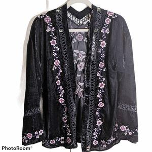 Willow & Clay Eloisa velvet kimono